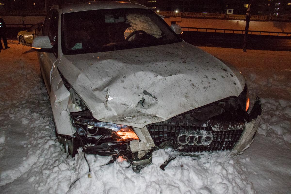 Водителя Audi доставят на проверку к наркологу