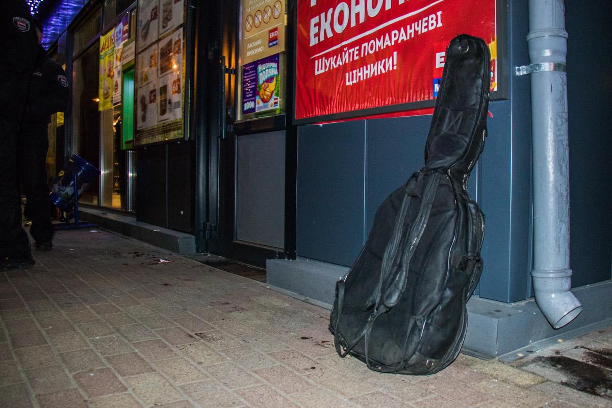 Гитара больше никому в этот вечер не понадобилась
