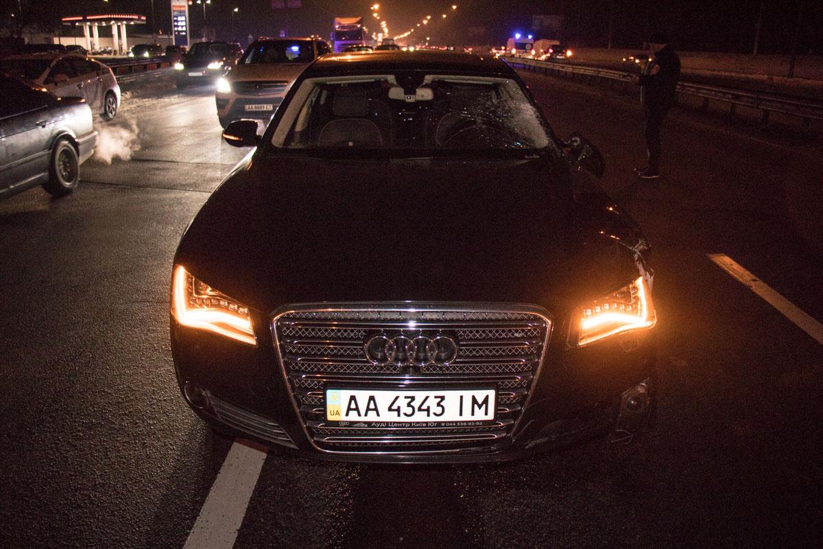 АвтомобильAudi ехал в сторону Киева
