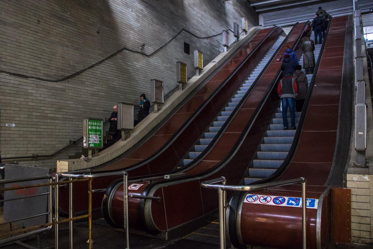 Новым эскалатором уже пользуются люди