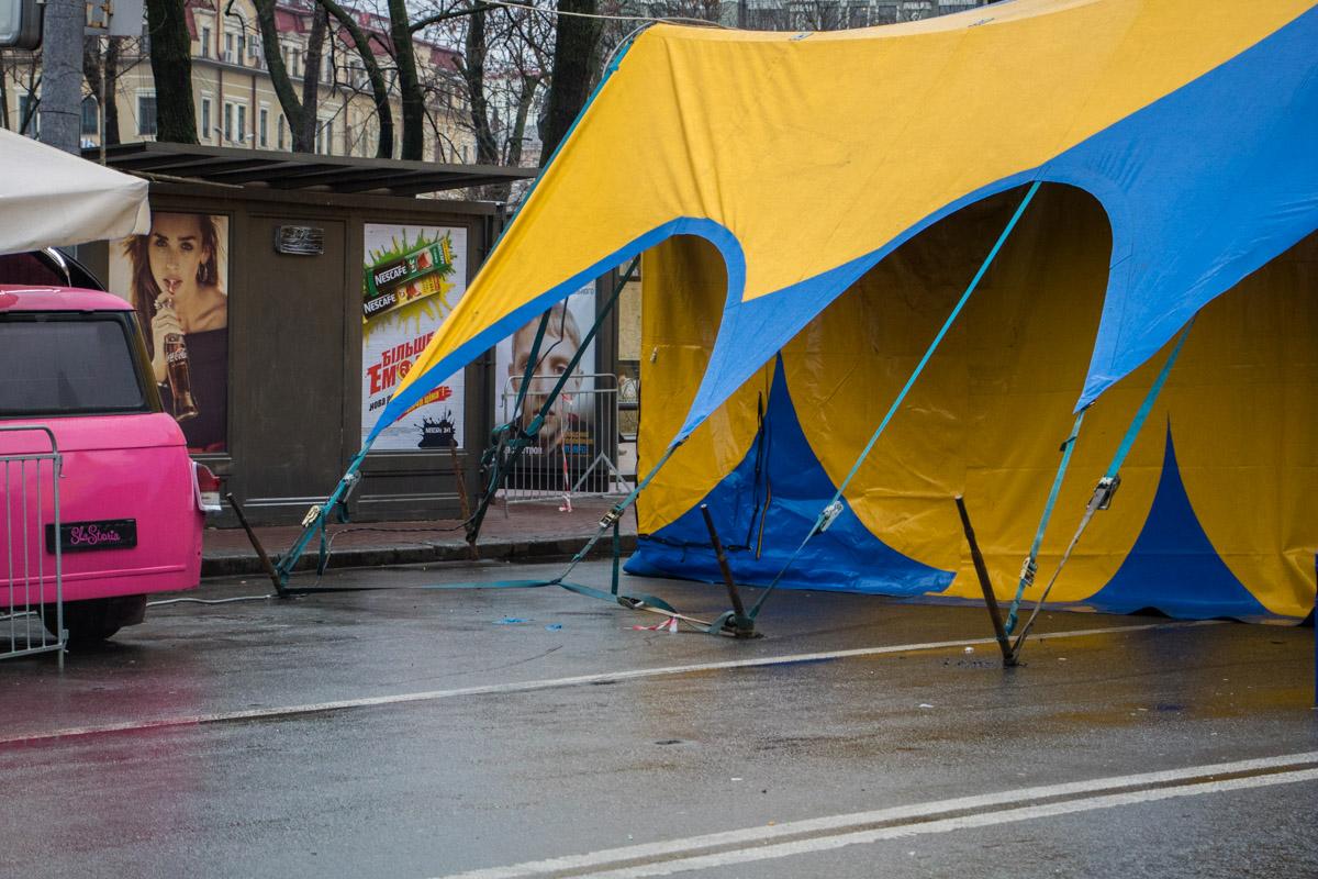 Все расходы по восстановительным ремонтным работам руководство цирка взяло на себя