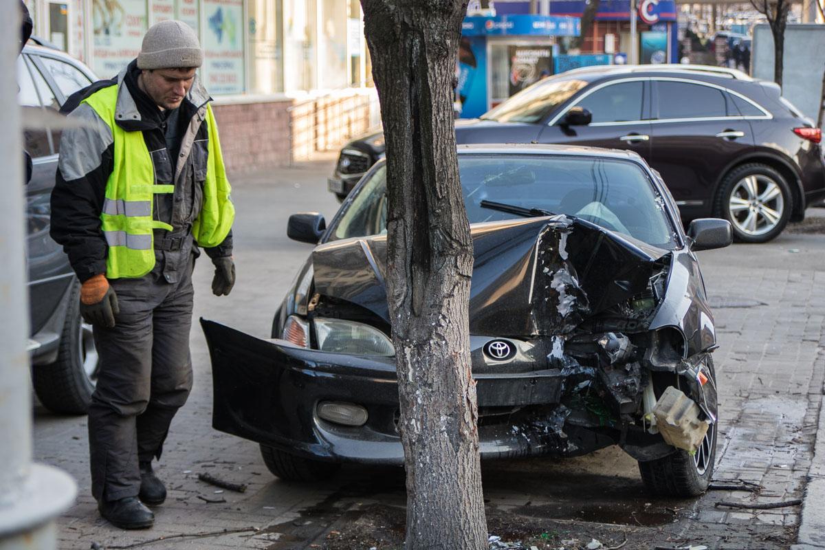 ДТП произошло на улице Саксаганского