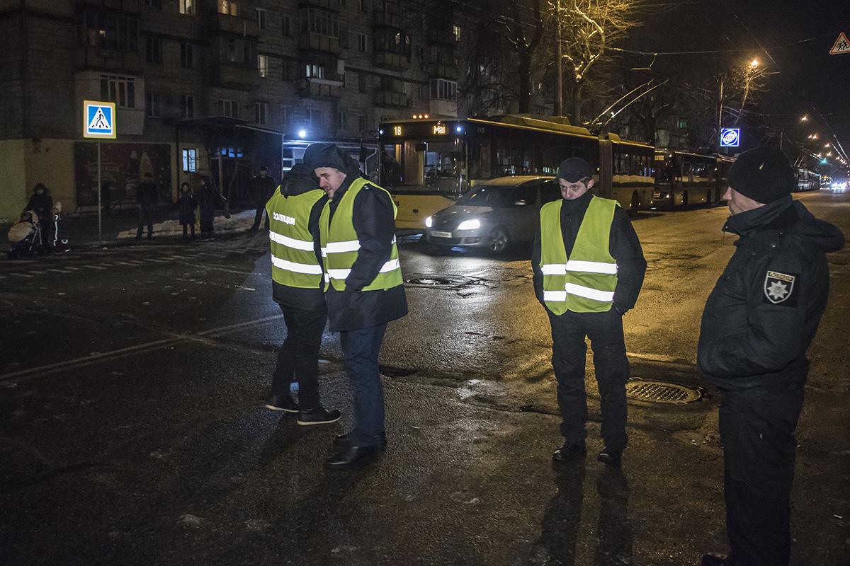 Общественный порядок охраняли патрульные