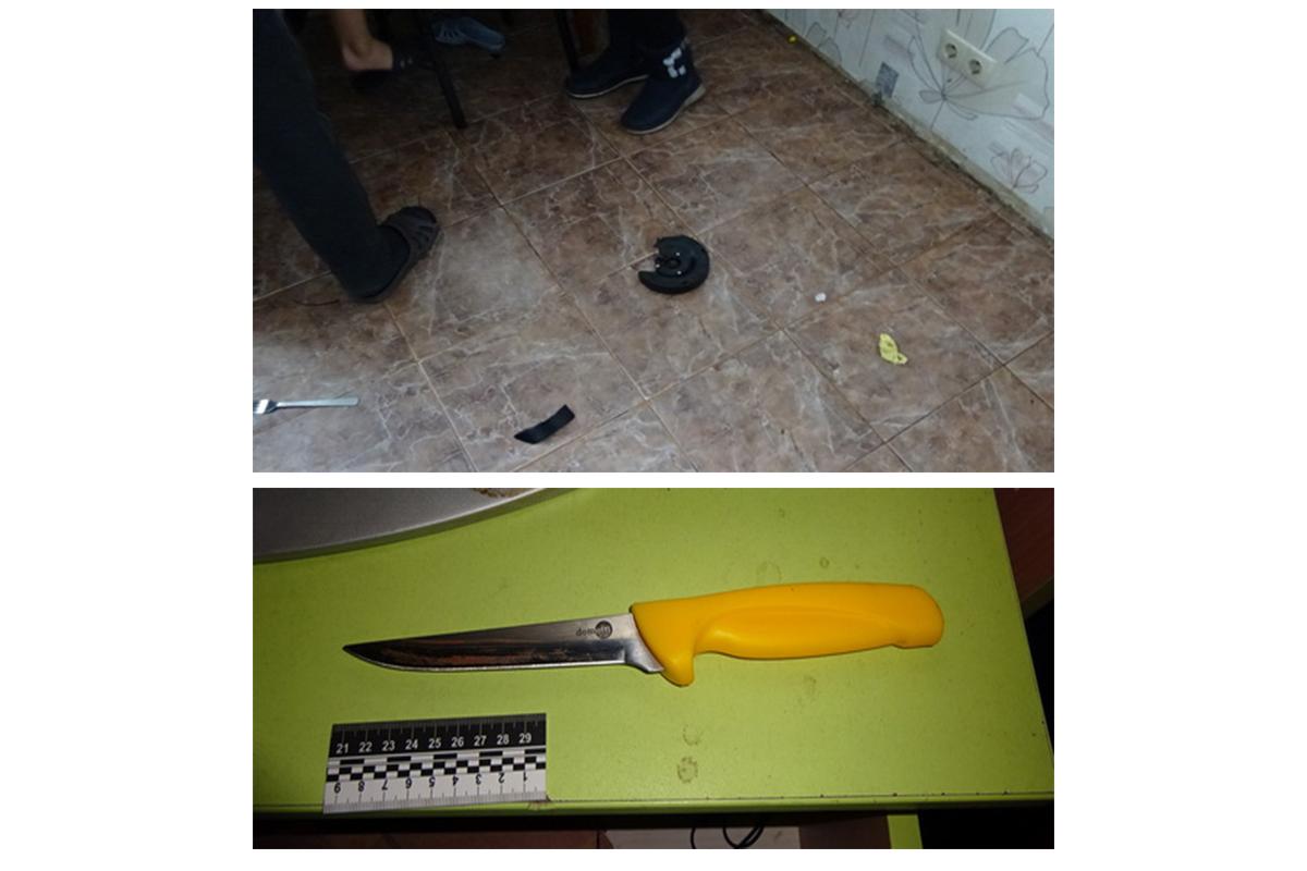 Женщина упала на своей кухне