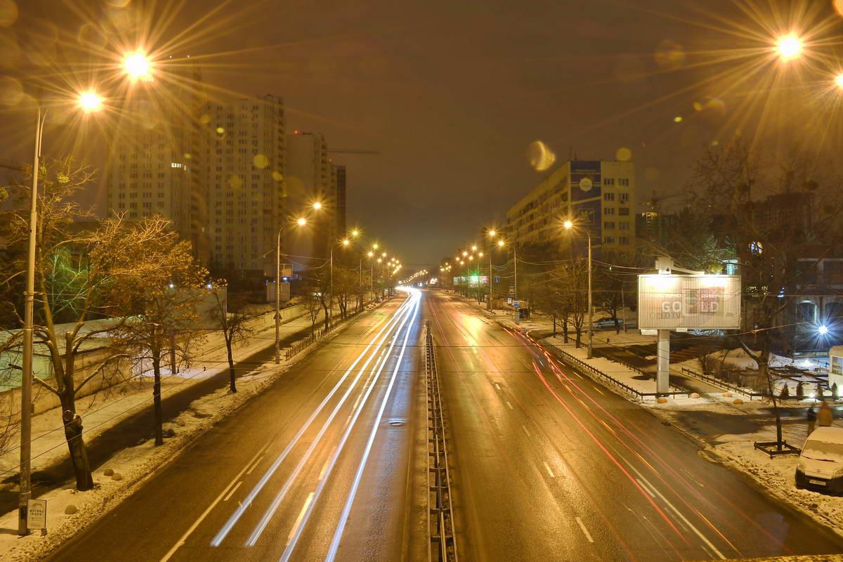 Чарующая красота проспекта ночью