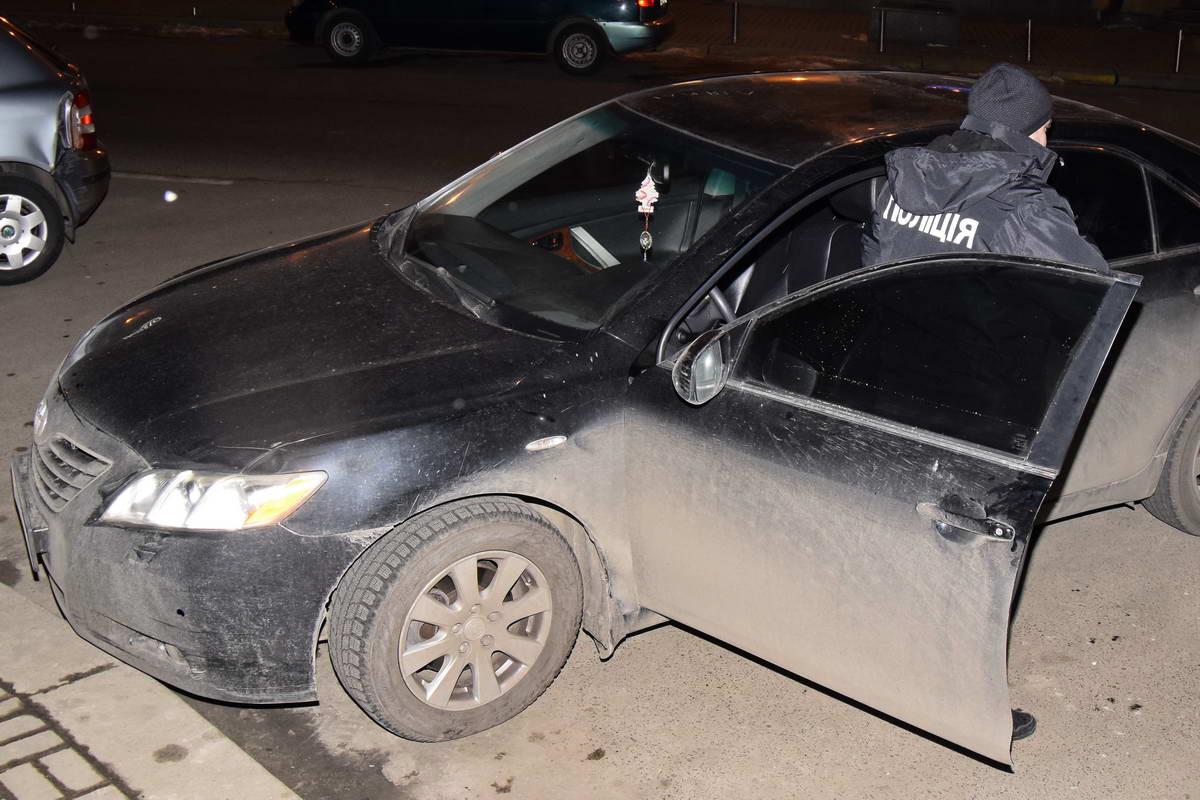 В этом автомобиле обнаружили опасный предмет