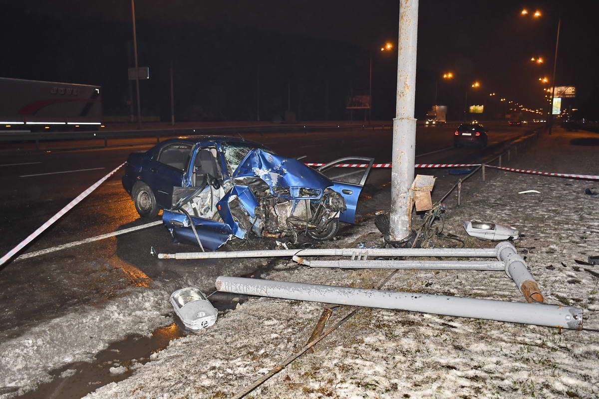 Пассажира госпитализировали с многочисленными травмами