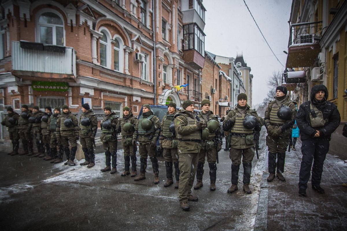 Геннадия Труханова выпустили под личное поручительство народного депутата Дмитрия Голубова