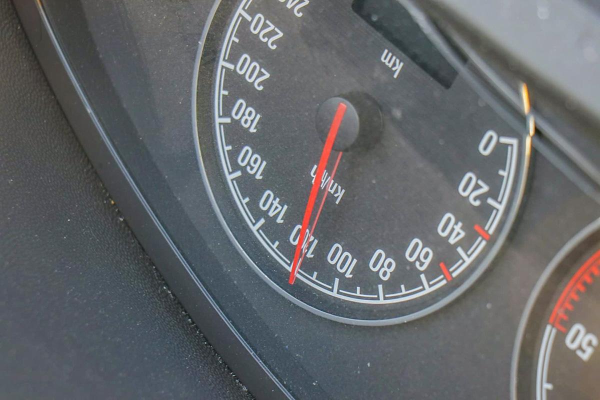 120 км/час по встречной?