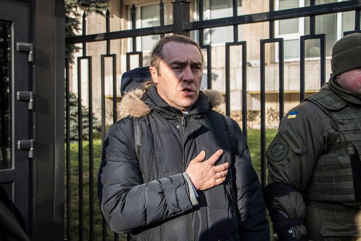 Один из участников акции - известный свободовец Игорь Мирошниченко