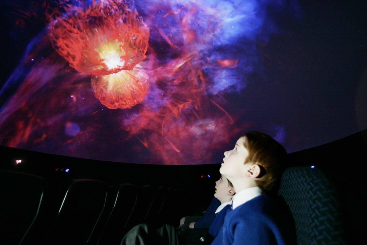 Удивительный телескоп и Воздушные призраки