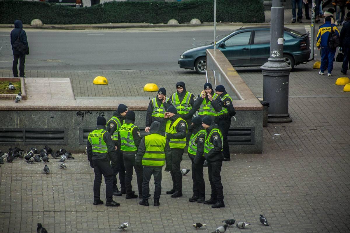 В центре Киева полиции на много больше, чем в обычный будний день