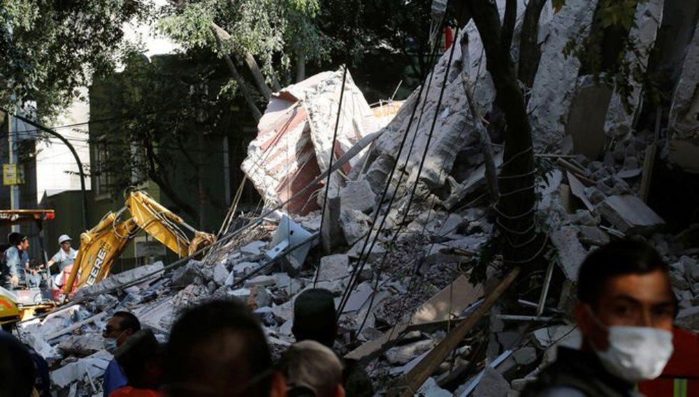 В Мексике потерпел крушение вертолет с чиновниками