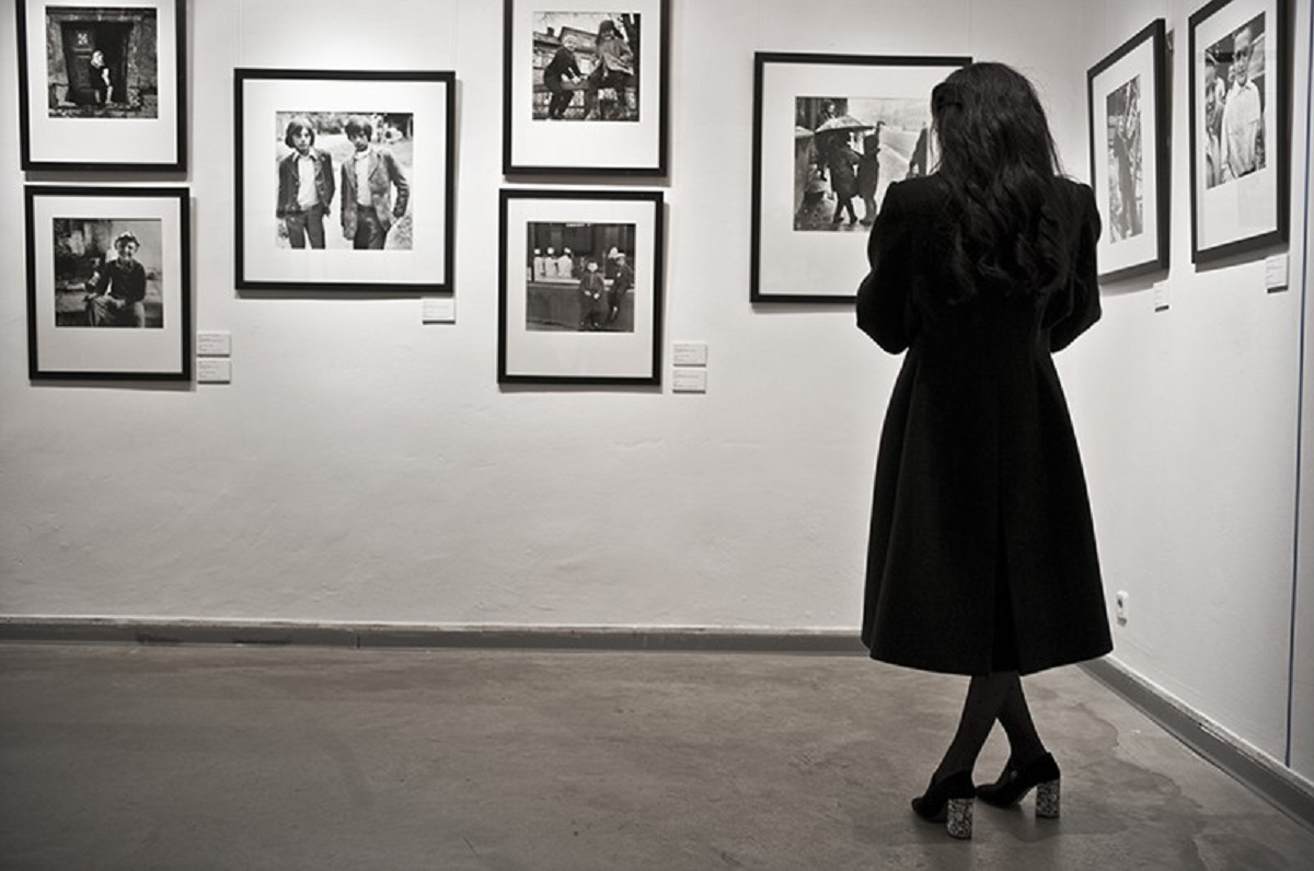 Выставка «Не те двери: эротическая фотография с историей»
