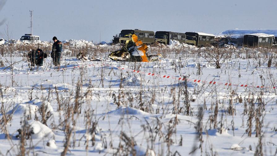 По предварительно версии, самолет потерпел крушение из-за непрогретого двигателя