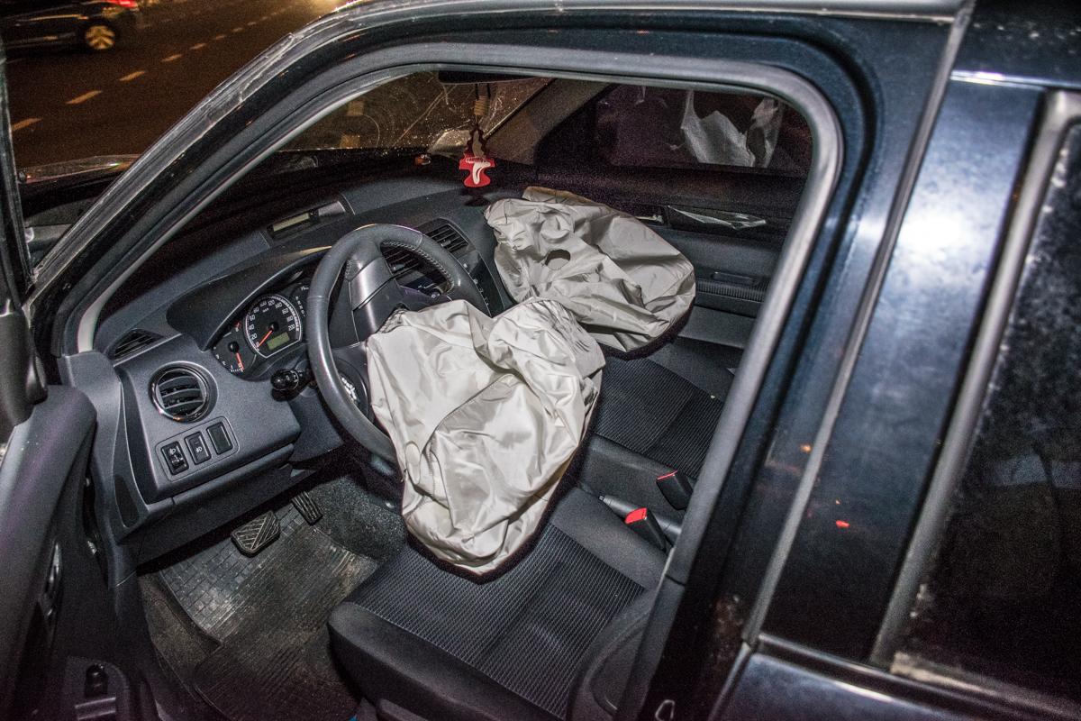 Подушки безопасности спасли участников ДТП