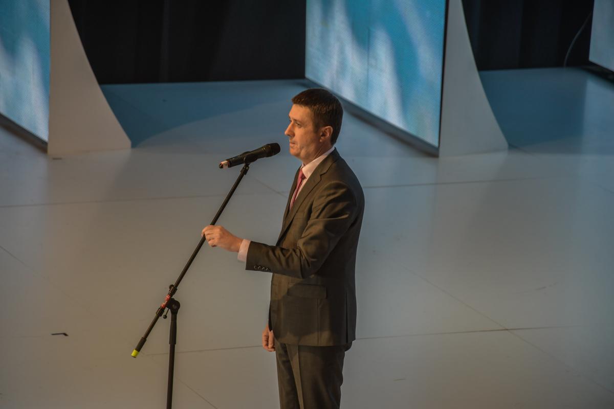 Вице-премьер-министр УкраиныВячеславКириленко