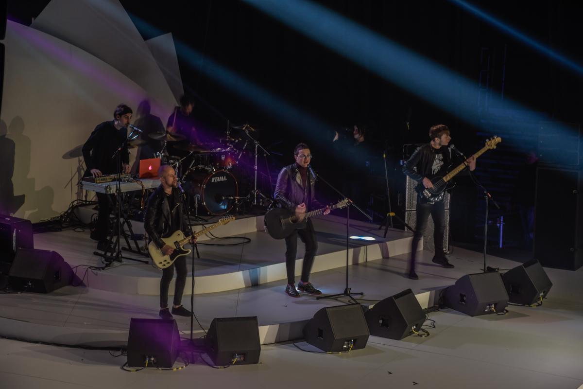 O.Torvald исполнил песню, которая подарила им билет на Евровидение