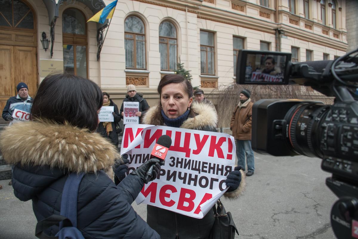 Участники акции охотно общались с журналистами