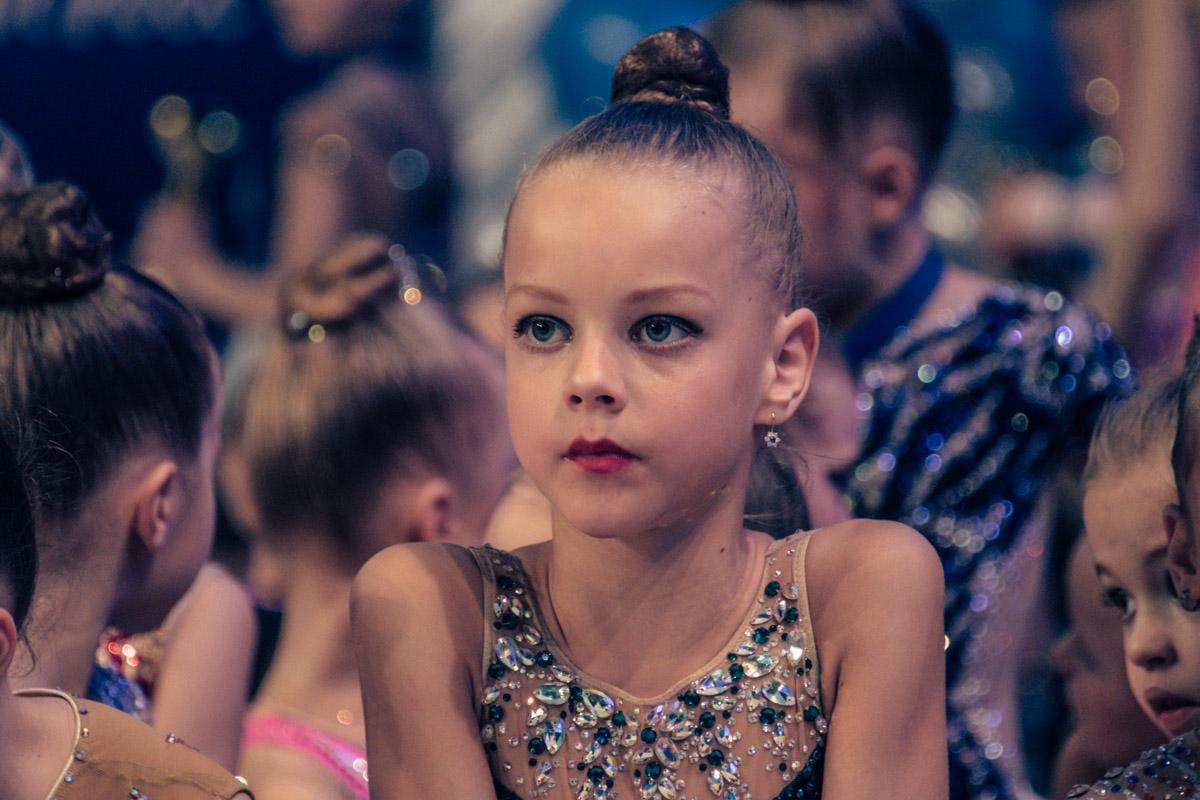 Все гимнастки, принимающие участие в турнире, показали максимум своих спортивных способностей
