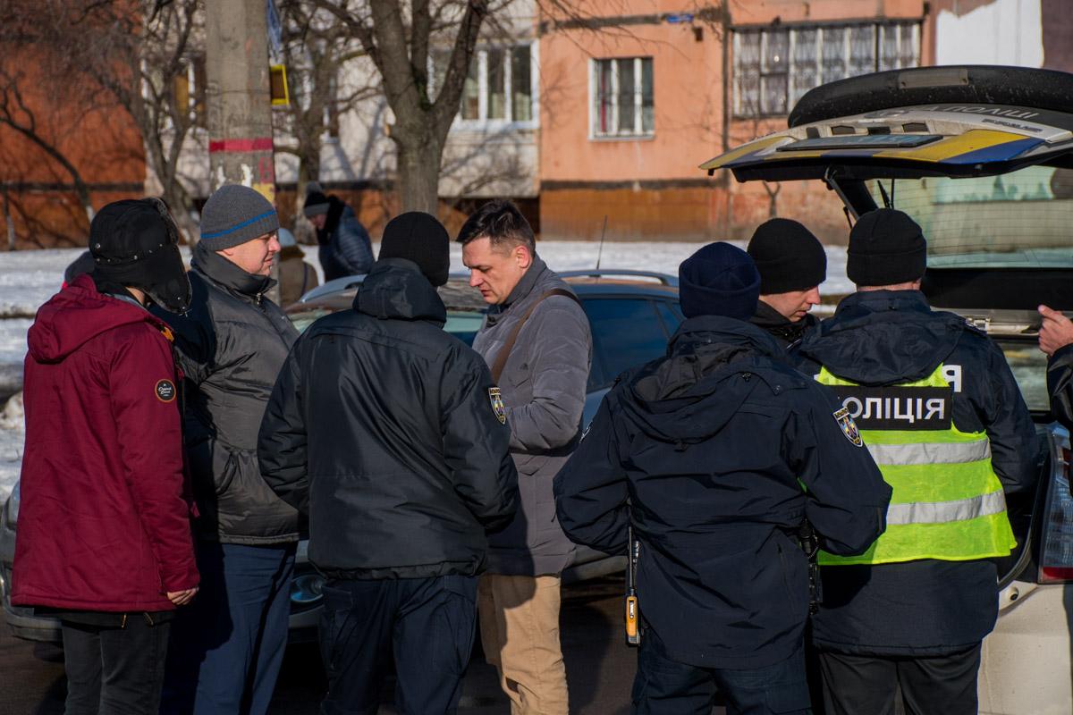 На перекрестке Маяковского и Закревского подрались водитель Toyota и пешеход