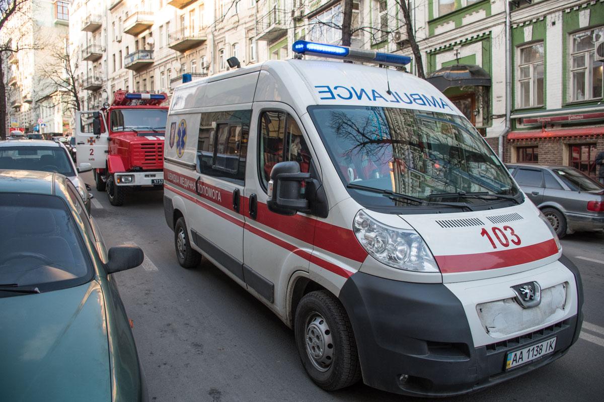 Во время пожара дежурили медики
