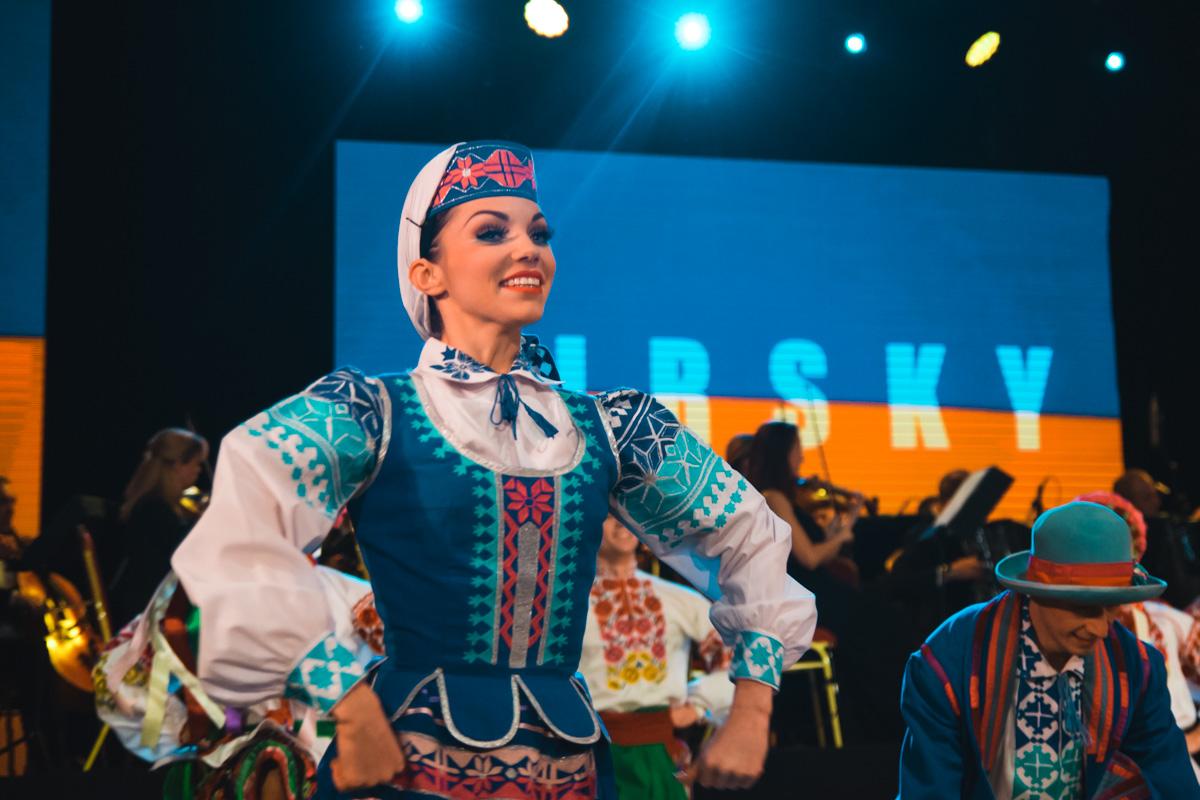 Для многих попасть стать танцором ансамбля Вирского - мечта