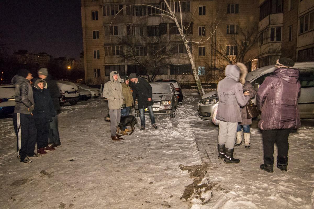 Многие в спешке покинули свои квартиры
