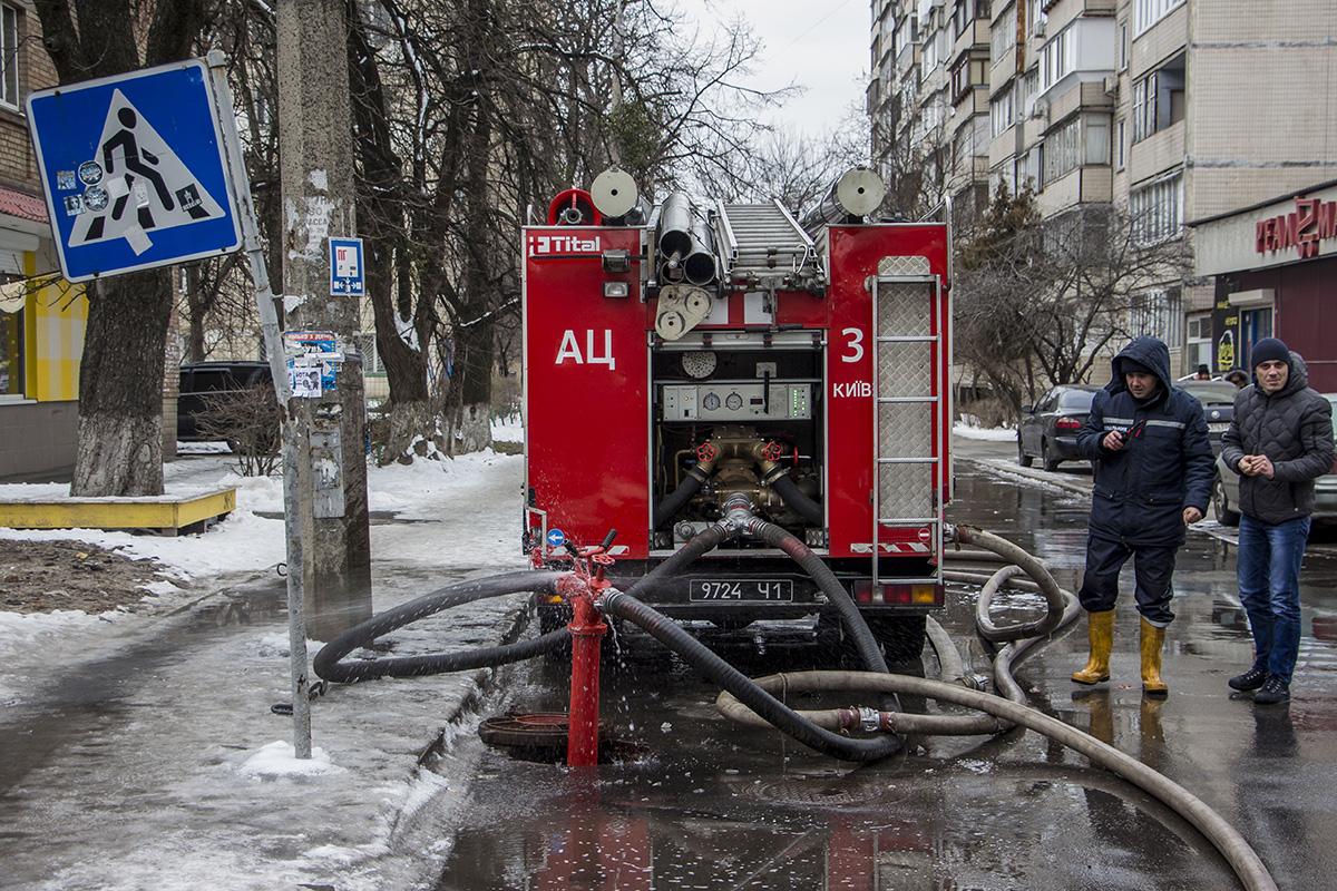 Возгорание случилось в офисном здании
