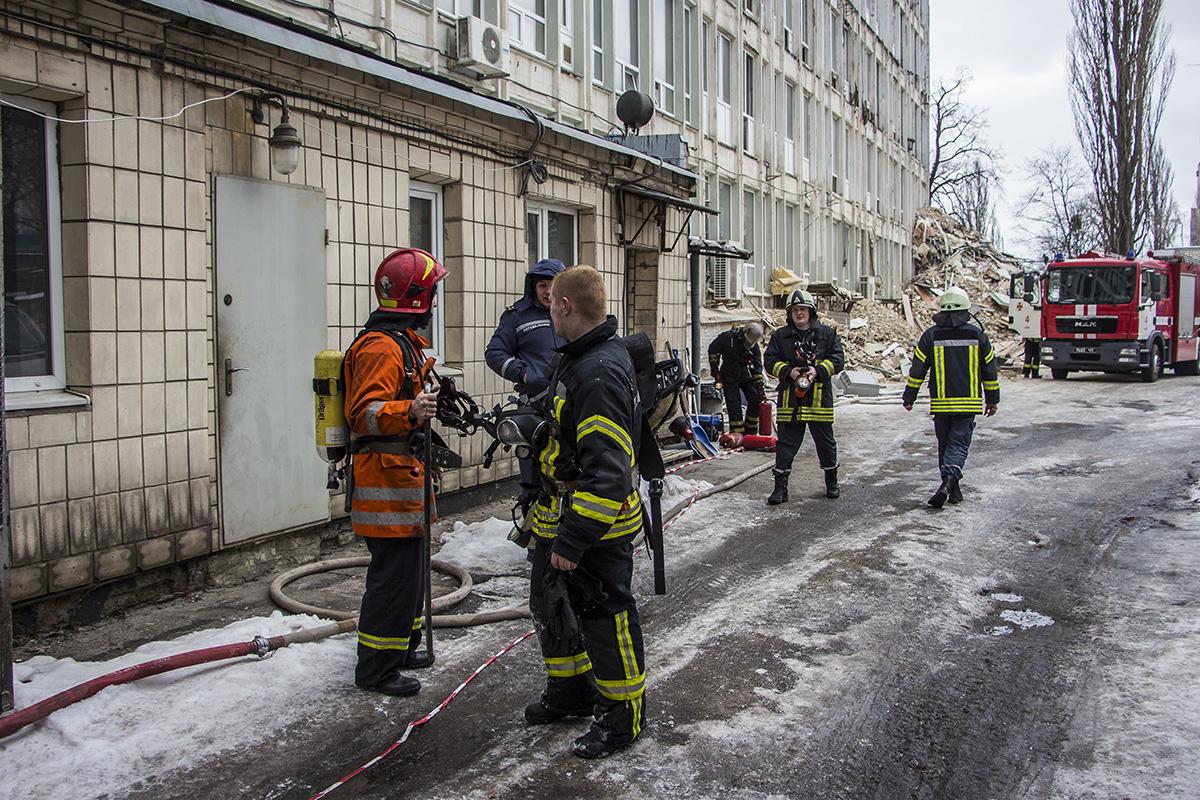 Прибывшие огнеборцы оперативно потушили пожар