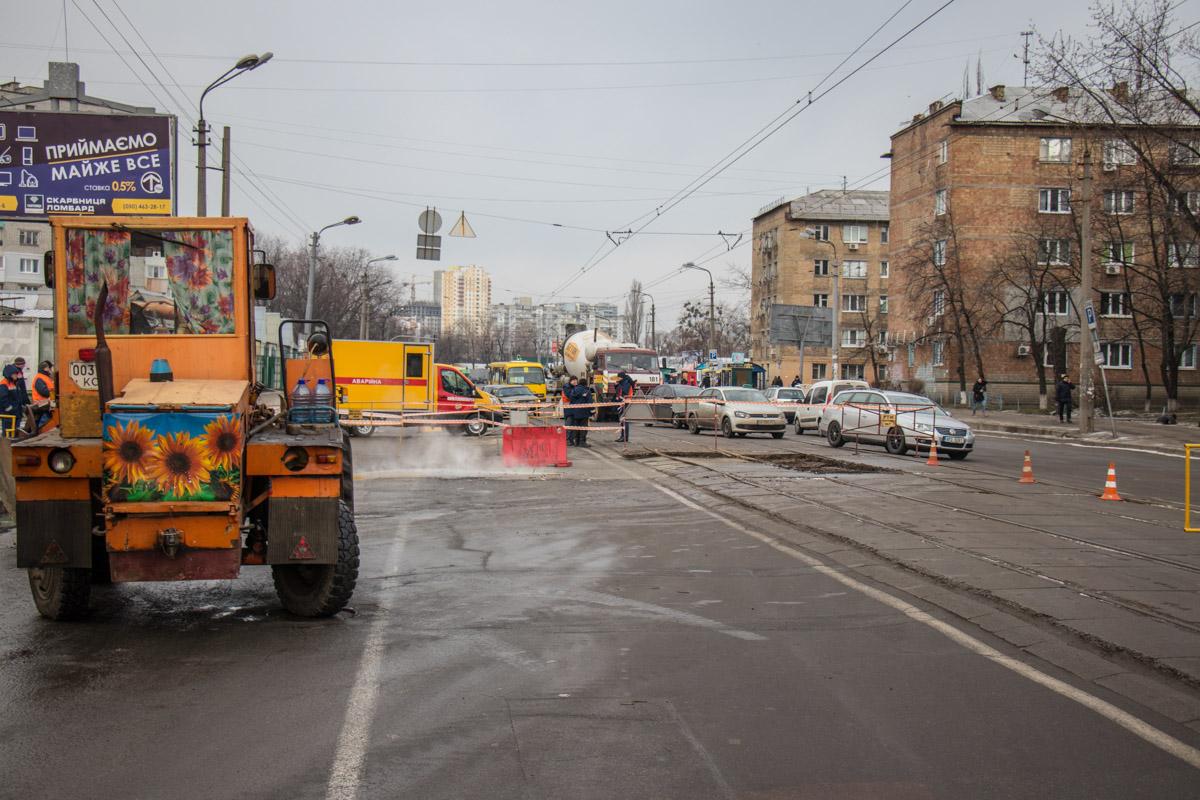 Из-за аварии остановилось движение 22 трамвая