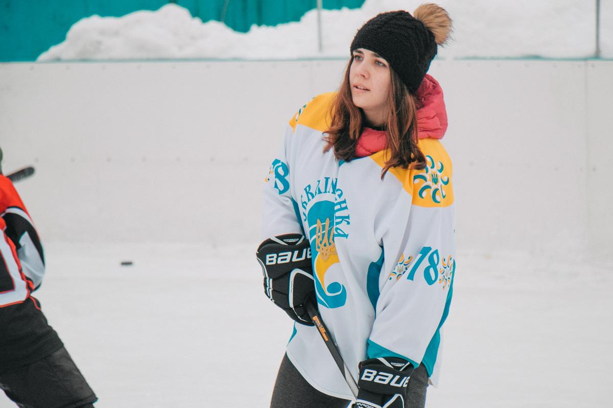 Женская хоккейная команда особенно полюбилась зрителям