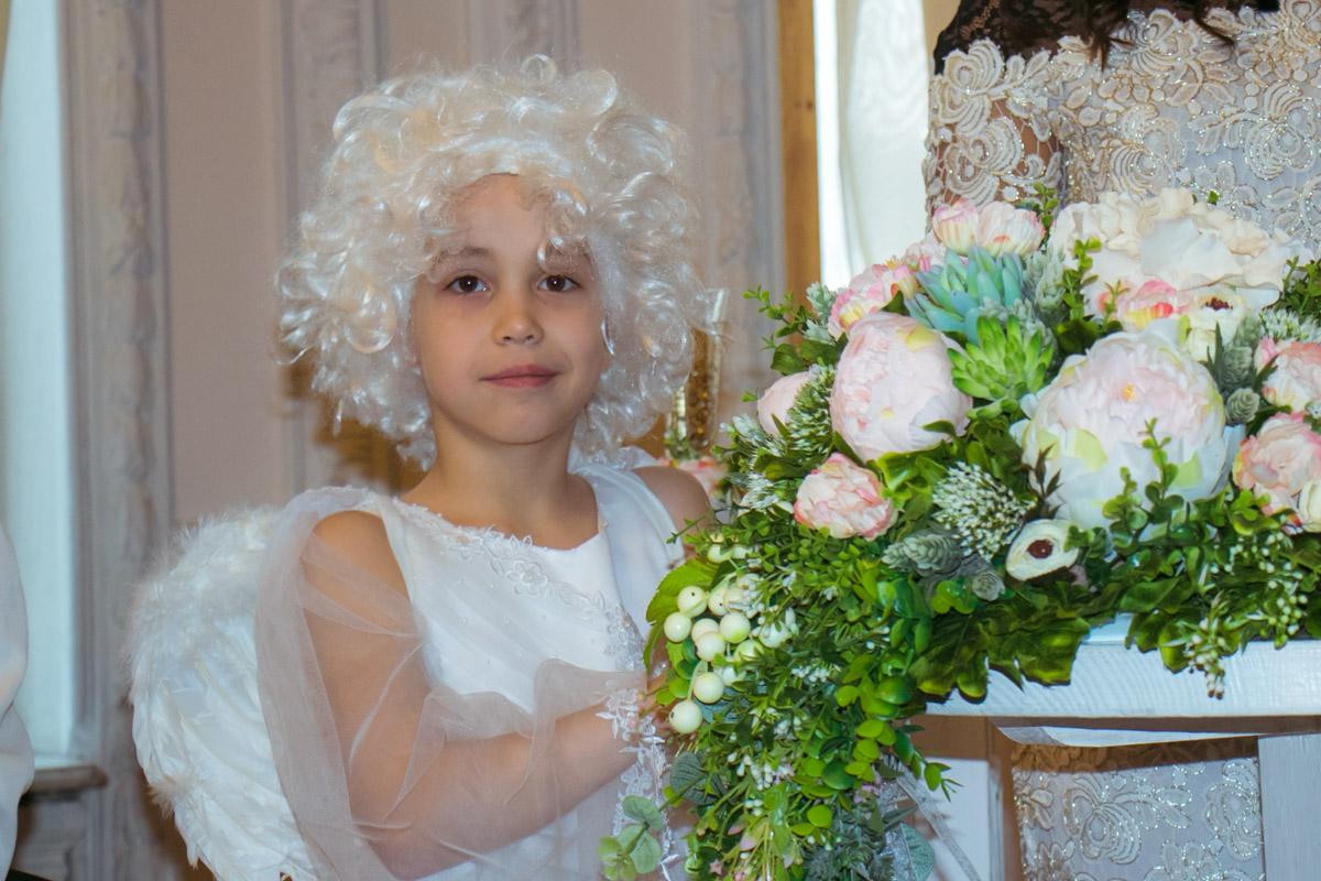 Какая же свадьба без Амура?