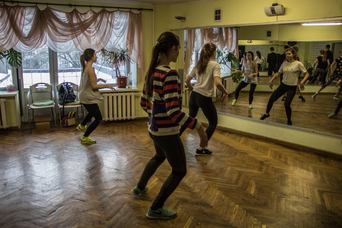 """Говорят, именно неподалеку от общежитий КПИ впервые прозвучала фраза """"Сьогодні в клюбі будуть танці!"""""""