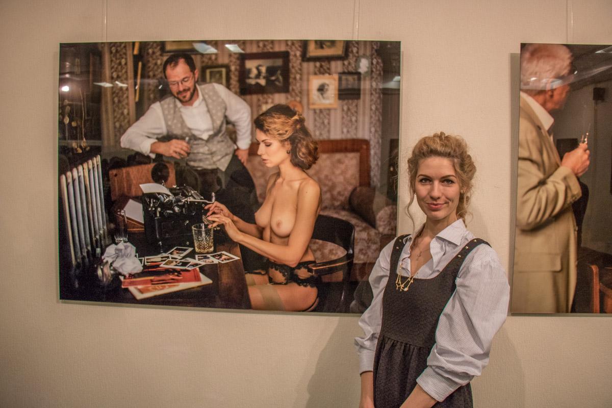 Модели из проекта Лобанова позировали и на выставке