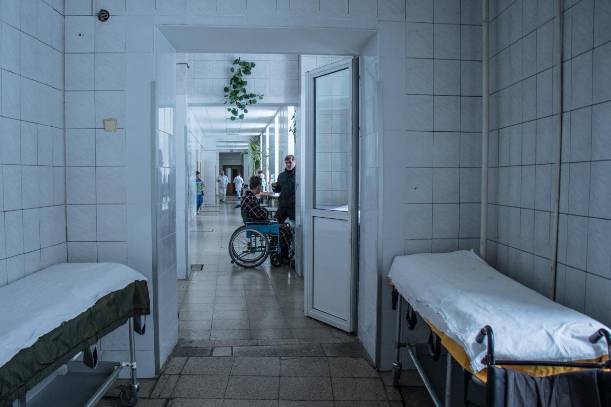 На стационаре в 17-й больнице остались двое пострадавших