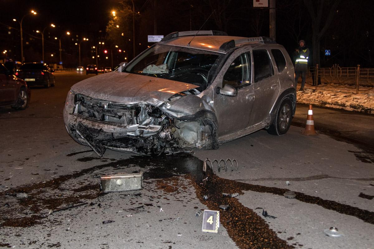 У Renault отскочило левое колесо