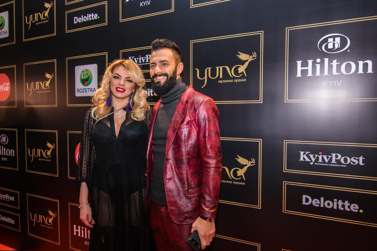 Украинский певец, шоумен и телеведущий Андрей Кише и его жена Оксана