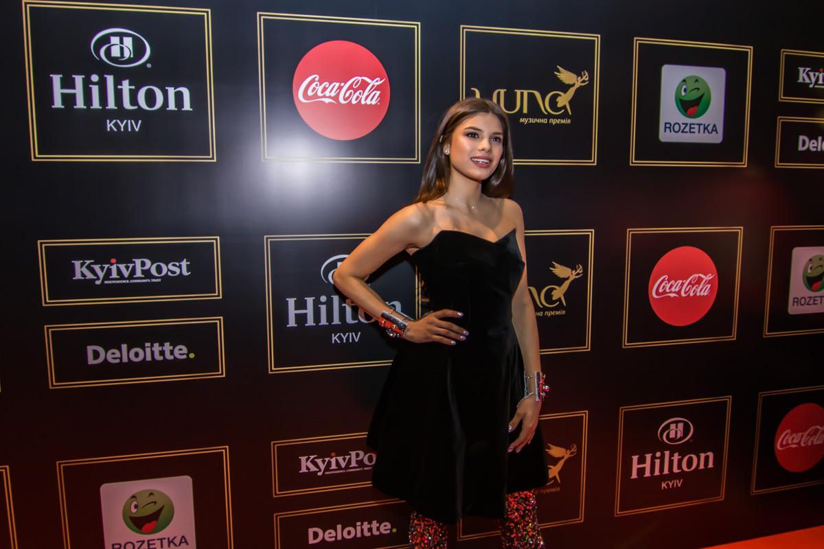 Украинская певица и телеведущая боливийского происхождения Michelle Andrade