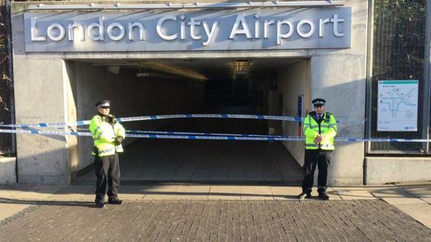 Аэропорт Лондона закрыли из-за найденной в Темзе бомбы