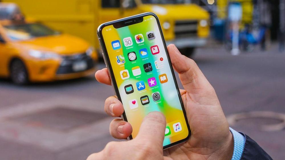 Пользователи iPhone X жалуются на проблемы с приемом входящих вызовов