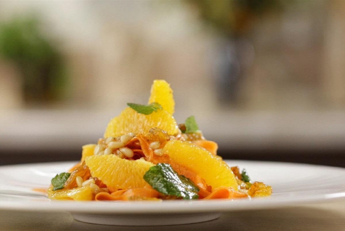 Салат из моркови с апельсинами