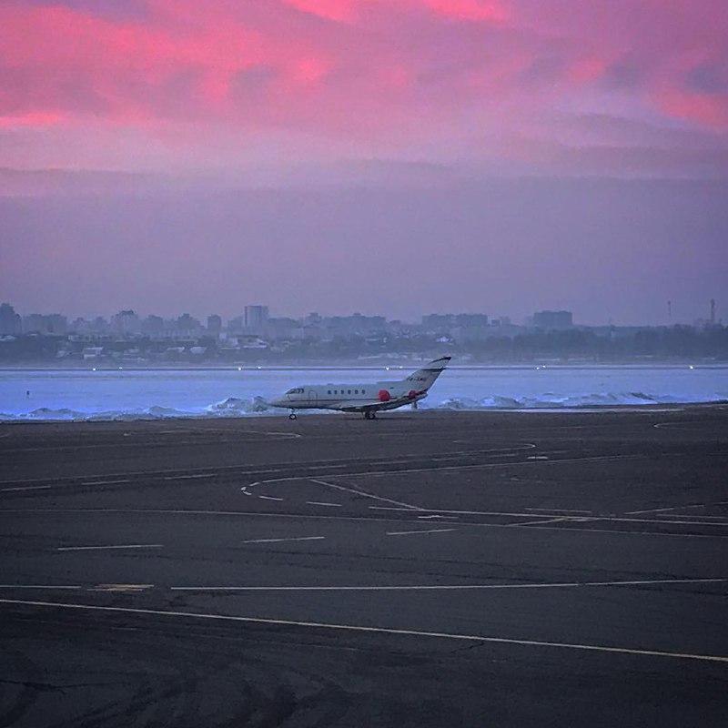 Аэропорты - самые романтичные места на планете. Фото Marc Raymond Wilkins