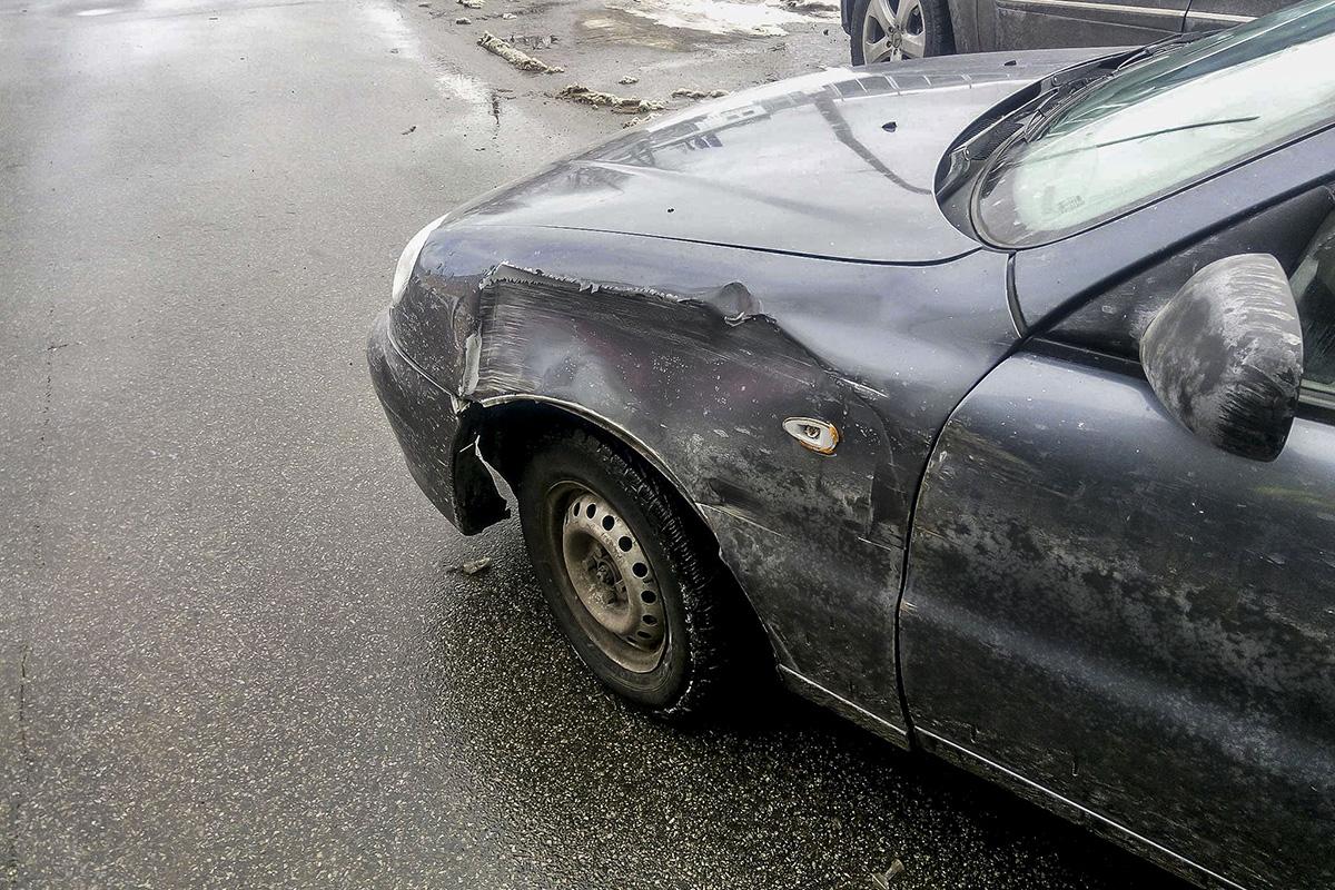 Daewoo Lanos не получил сильных повреждений