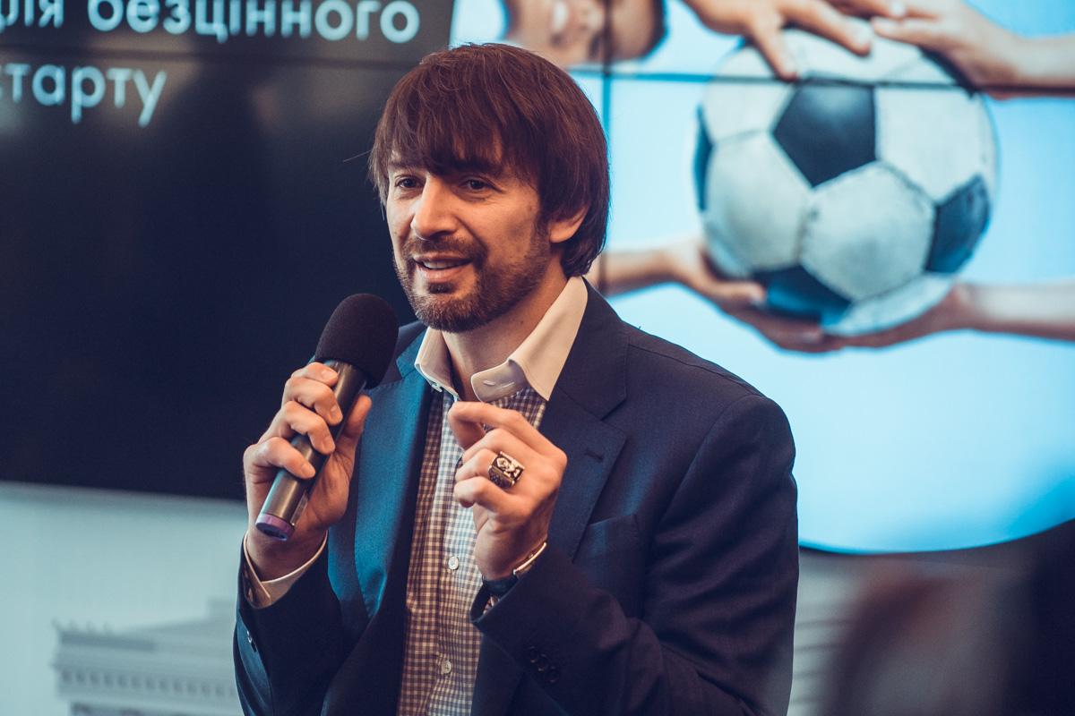 Александр Шовковский поделился историей своей жизни