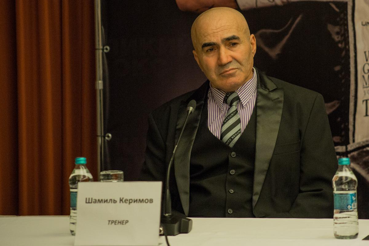Тренер Шамиль Керимов пообещал, что в 5-6 раунде бой закончится победой нашего боксера