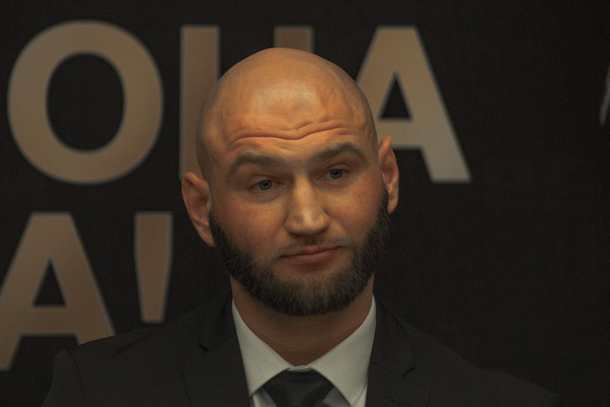Роман Головащенко родом из Винницкой области, но в Германии он более известный боксер, чем в Украине
