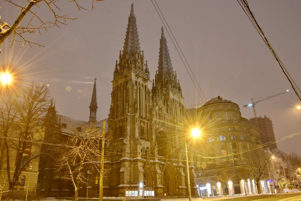 Снег на крышах костела растопит звучание музыки органа