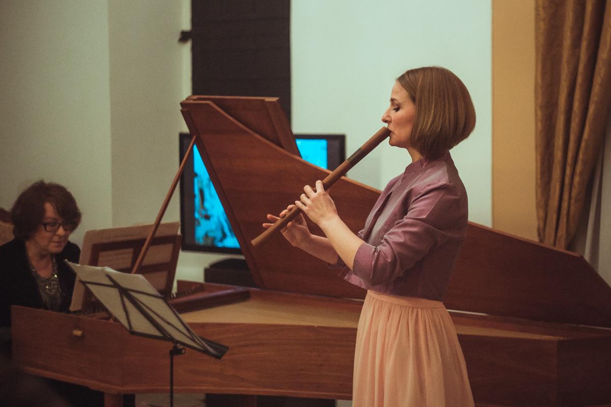 Божена Корчинская и Светлана Шабалтина дарили прекрасные мелодии всем присутствующим