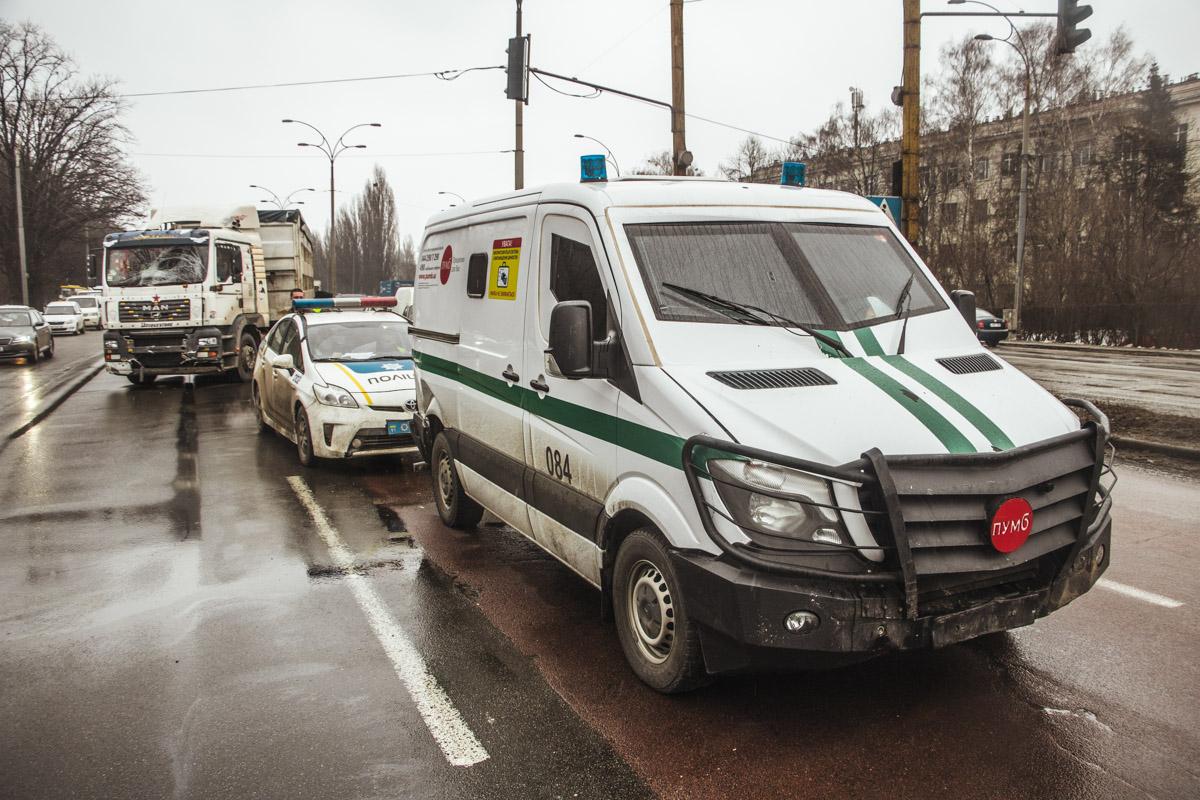 Инкассаторская служба попала в аварию при выполнении